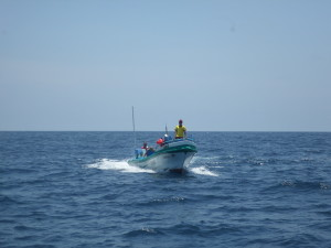 PANGA FISHERMEN APPROACHING SAILORS RUN 80 MILES OFF OF COLOMBIA