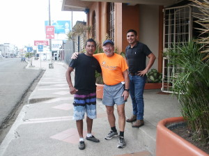 Me,Chino & Oscar in front of Puerto Amistad for start of race