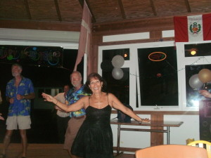 NEW YRS EVE PARTY AT CLARK'S COURT  MARINA 2011          DANCING OUR LEGS OFF TO GREAT OLDIES MUSIC